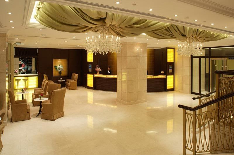lobby - Cosmopolitan - Hong Kong