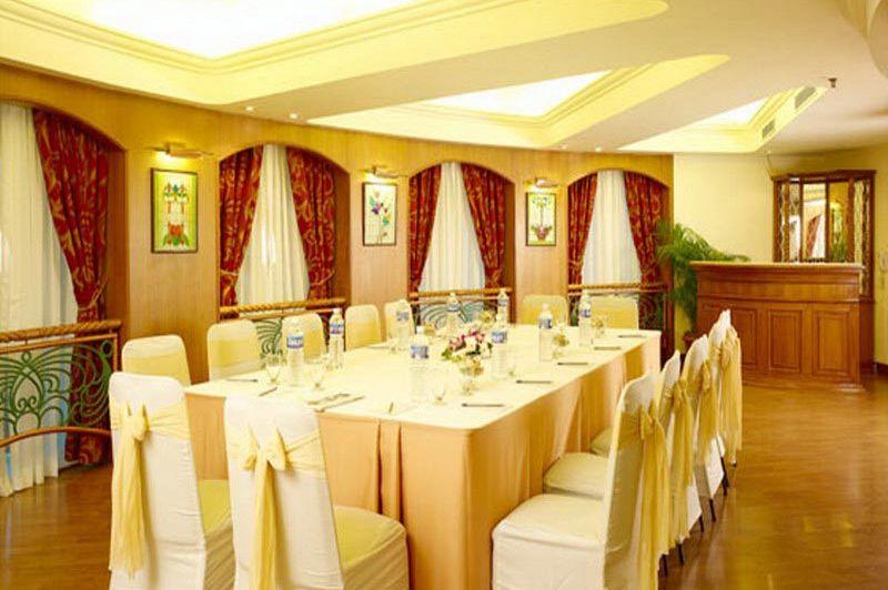 restaurant - Muthoot Plaza - Trivandrum - India