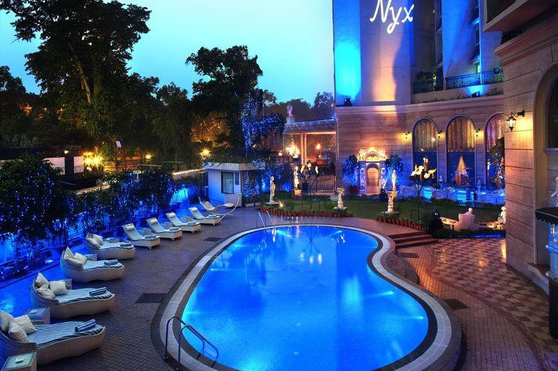 zwembad - Royal Plaza - Delhi - India