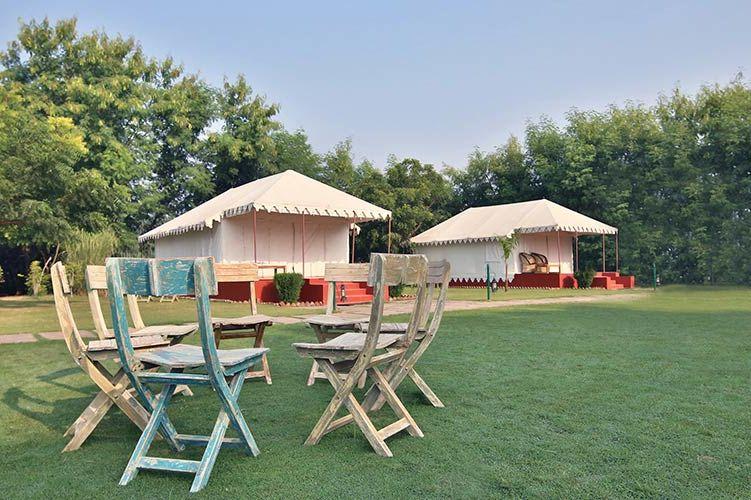 tuin met luxe tenten Sher Garh in Ranthambore - Sher Garh - India - foto: archief