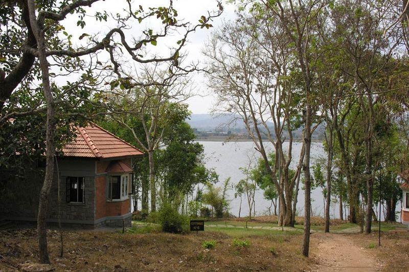 uitzicht op de rivier bij Kabini River Lodge - Kabini River Lodge - India - foto: lokale agent