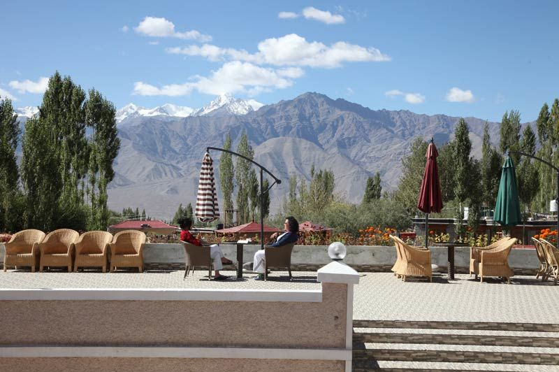 terras The Zen Ladakh Hotel - Leh - The Zen Ladakh Hotell - India - foto: The Zen Ladakh Hotel