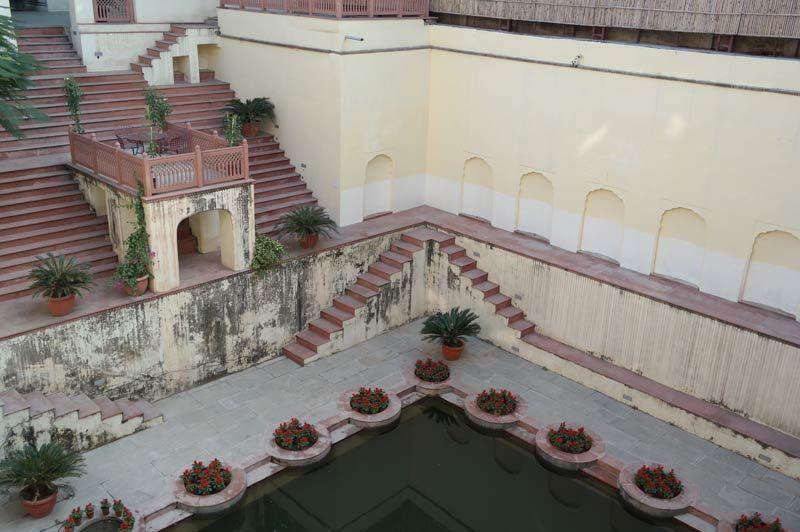 stepwell - Samode Haveli - India - foto: Mieke Arendsen