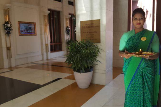 ontvangst Jaypee Palace in Agra - Jaypee Palace - India - foto: Mieke Arendsen