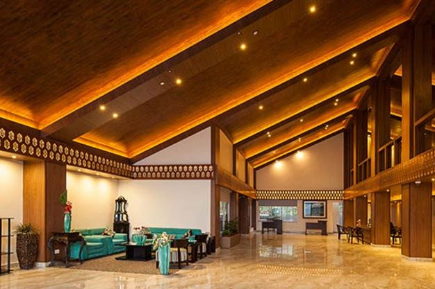 lobby van Sinclairs Retreat in Kalimpong - Sinclairs Retreat - India - foto: Sinclairs Retreat