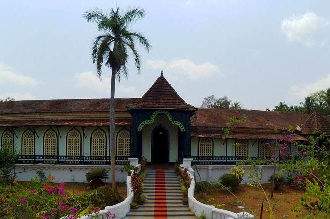 voorgevel van Figueiredo Heritage Inn - Goa-Loutolim - India - foto: Figueiredo Heritage Inn