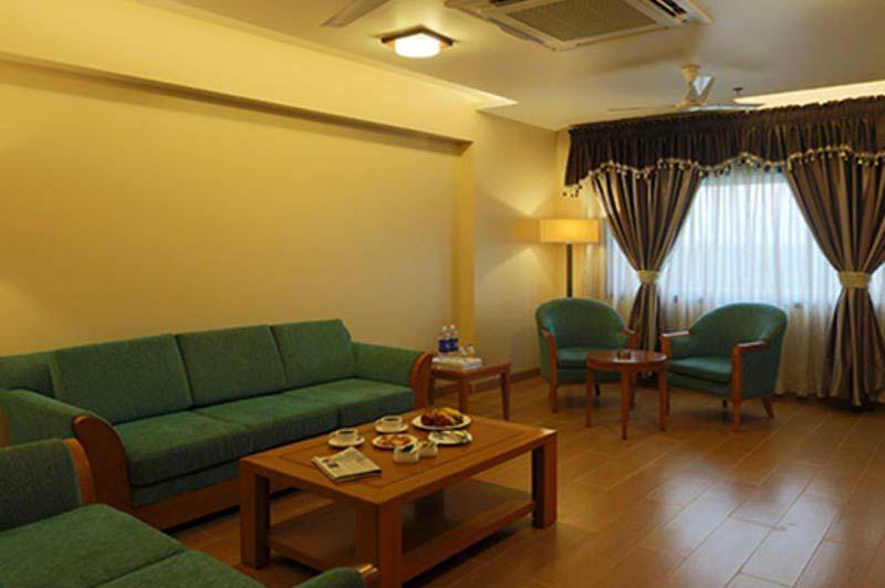 lounge van Brijwasi Lands Inn in Mathura - Brijwasi Lands Inn - India - foto: Brijwasi Lands Inn