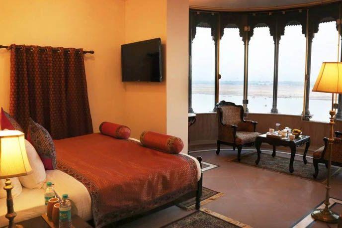 slaapkamer van Brijrama Varanasi in Varanasi - Brijrama Varanasi - India - foto: Brijrama Varanasi