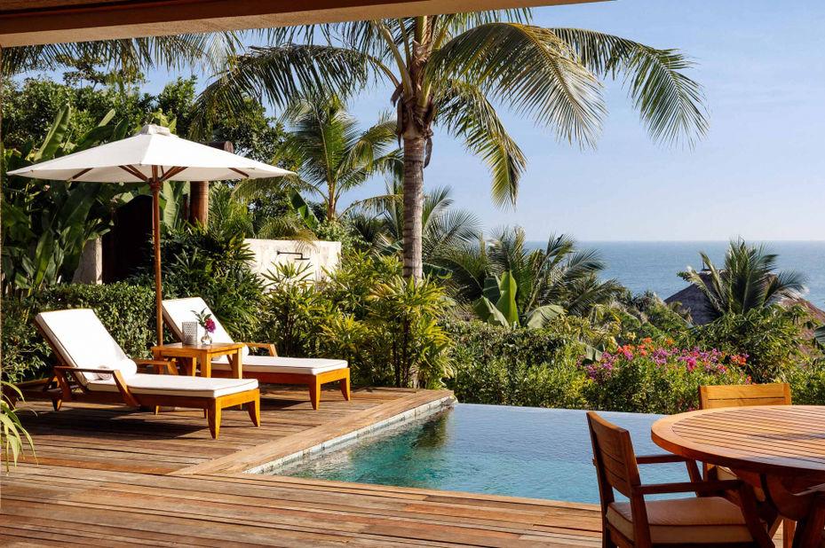 Indonesië - Sumba - Nihi Sumba Resort - zwembad - foto: Nihi Sumba Resort