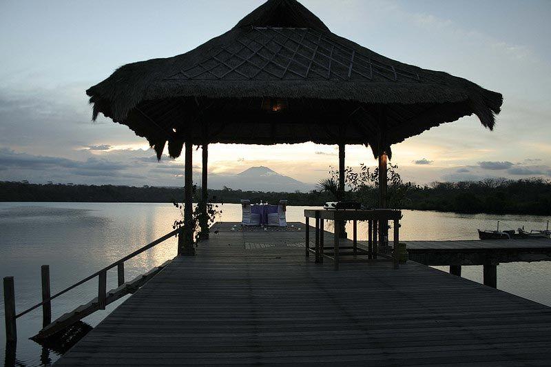 steiger met uitzicht - Novus Gawana Resort - Menjangan Bay, Banyuwedang - Indonesië