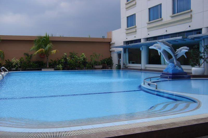 zwembad - Grand Angkasa - Medan - Indonesië