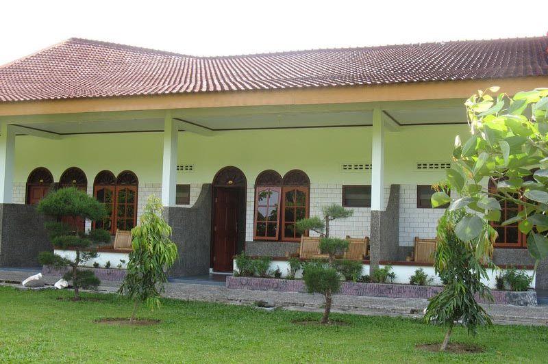 kamers buitenkant - Rindu Alam - Bukit Lawang - Indonesië