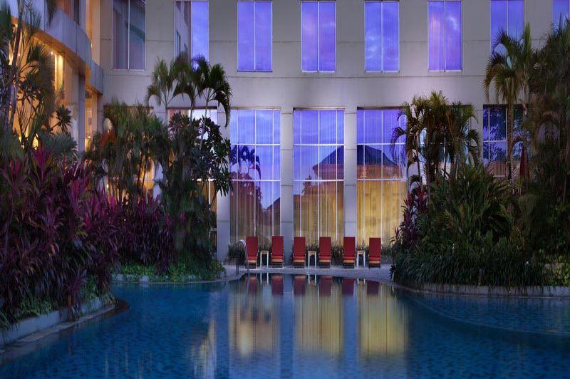 zwembad - Santika Premiere - Jakarta - Indonesië