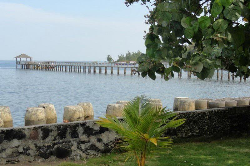 aankomsthaven - Cocotinos Manado - Indonesië