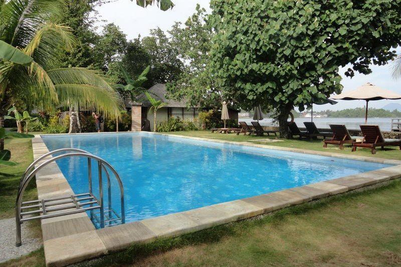 zwembad - Cocotinos Manado - Indonesië