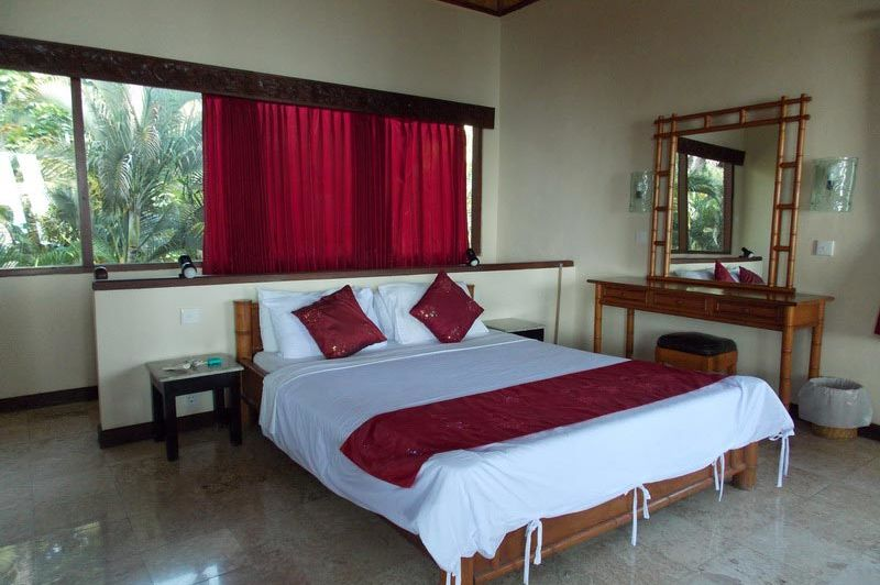 slaapkamer boven family room Coral View Villas Amed - Coral View Villas Amed - Indonesië