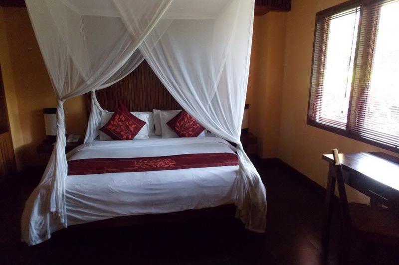 kamer binnenkant - The Nirwana Resort and Spa Candidasa - The Nirwana Resort and Spa Candidasa - Indonesië