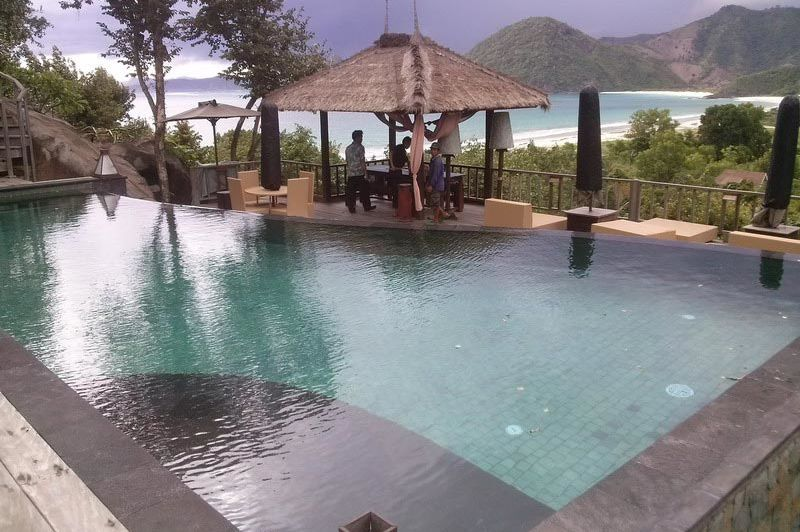 zwembad bij Sempiak Villas Lombok - Sempiak Villas Lombok - Indonesië - foto: Lokaal agent