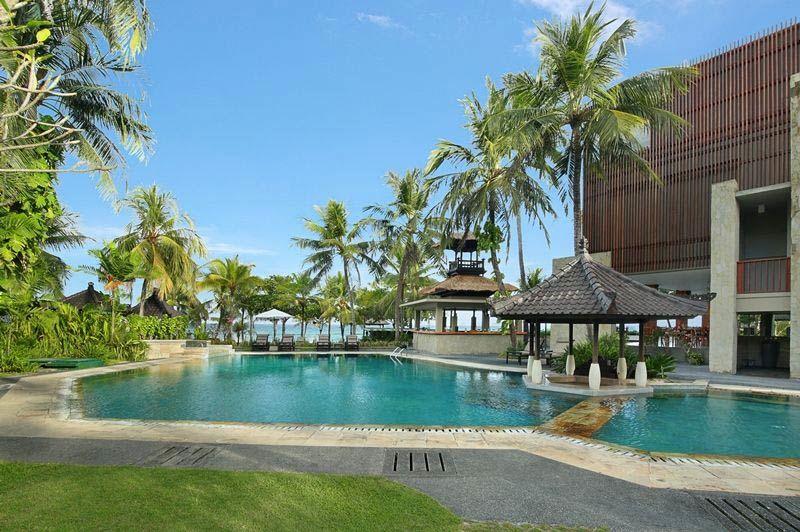 zwembad van Candi Beach Resort Candidasa - Candi Beach Resort Candidasa - Indonesië - foto: Lokale agent