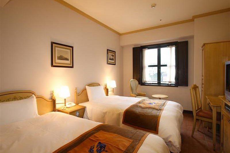 twin room in Hotel Monterey Nagasaki - Hotel Monterey Nagasaki - Japan