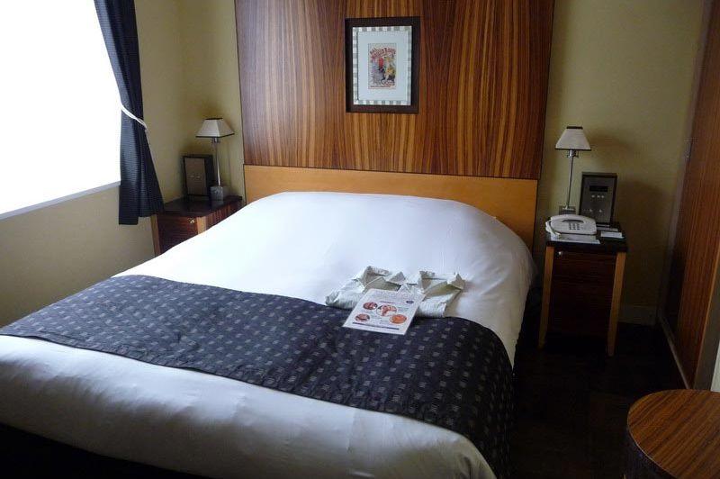 Double room in Hotel Monterey La Soeur in Fukuoka - Hotel Monterey La Soeur - Japan - foto: Floor Ebbers