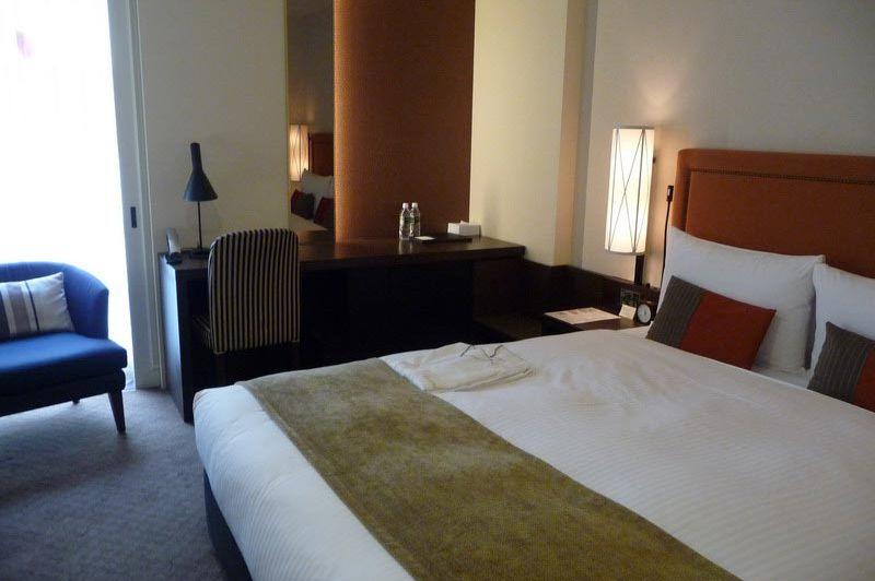 Double room JR Kyushu Hotel Blossom in Fukuoka - JR Kyushu Hotel Blossom - Japan - foto: Floor Ebbers