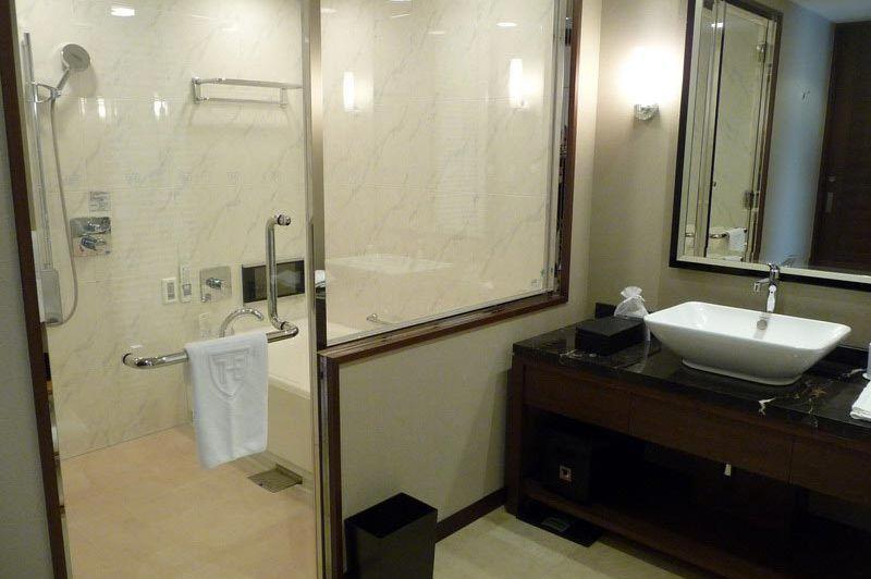 Badkamer in Royal Park Hotel THE Fukuoka - Royal Park Hotel THE Fukuoka - Japan - foto: Floor Ebbers