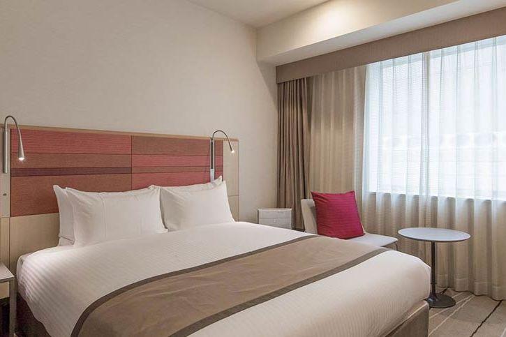- foto: JR Kyushu Hotel Blossom Hakata Chuo