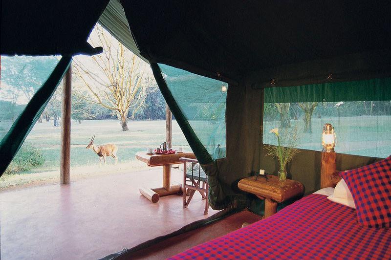 uitzicht vanuit tent - Siana Springs Tented Camp - Kenia