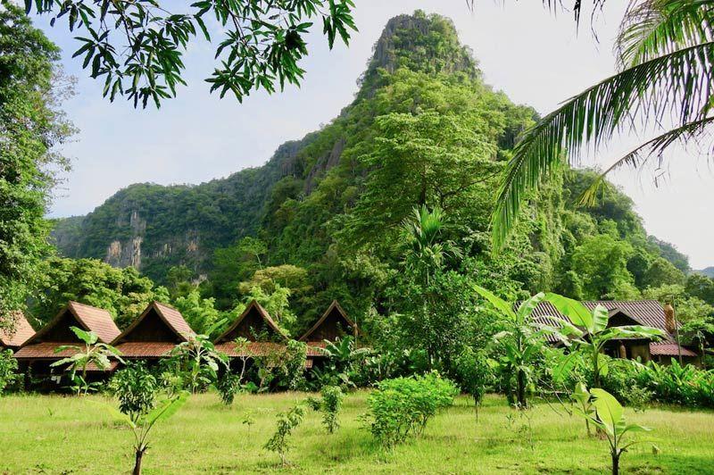 bungalows van Spring River Resort - Spring River Resort - Laos - foto: Spring River Resort