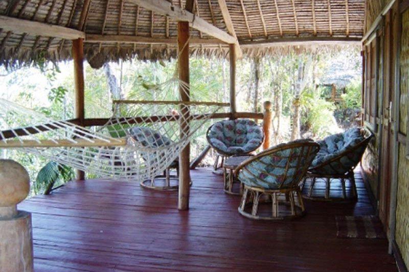 veranda van kamer - Palmarium Hotel - Ankanin'ny Nofy - Madagaskar