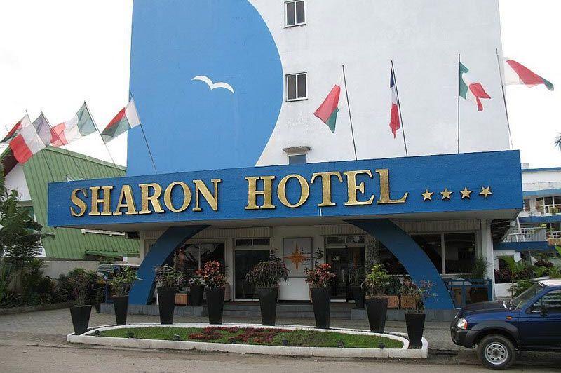 buitenkant - Sharon Hotel - Tamatave - Madagaskar
