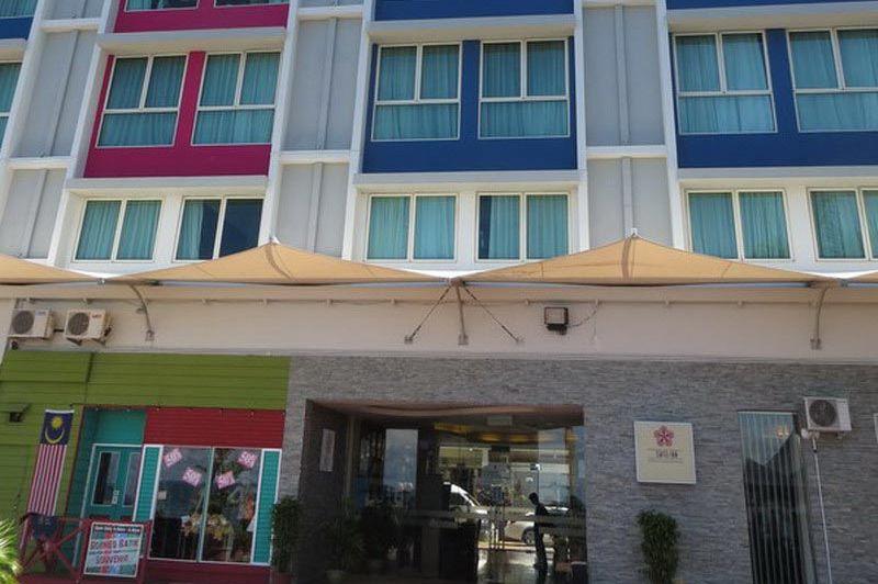 buitenkant Swiss Inn Sandakan - Swiss Inn Sandakan - Maleisië