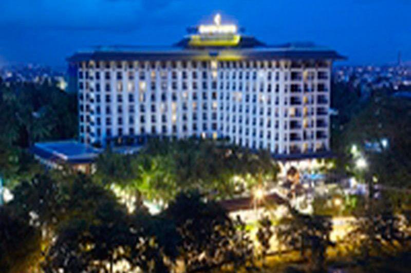 vooraanzicht - CHATRIUM Hotel Royal Lake - Yangon - Myanmar