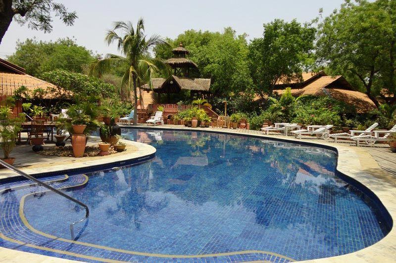 zwembad Bagan Hotel River View - Bagan Hotel River View - Myanmar - foto: Floor Ebbers