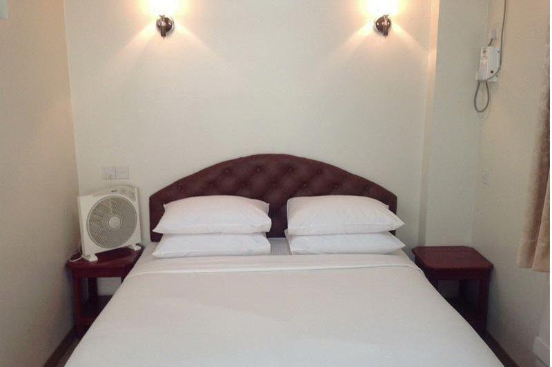 superior room - Hotel Grand United Chinatown - Hotel Grand United Chinatown Yangon - Myanmar