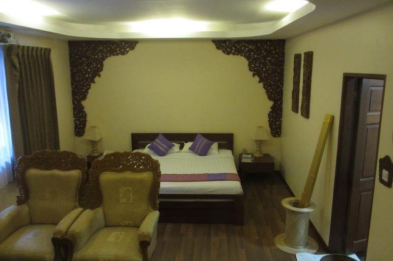kamer Bawga Theiddhi Hotel - Bawga Theiddhi Hotel Bagan - Myanmar - foto: Loes Sanderink