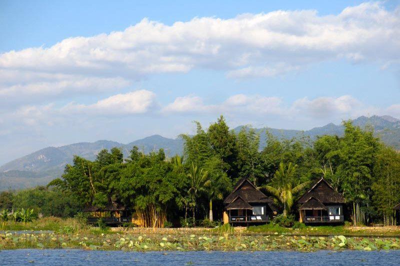 Inle Princess Resort vooraanzicht - Inle Princess Resort - Myanmar - foto: Loes Sanderink