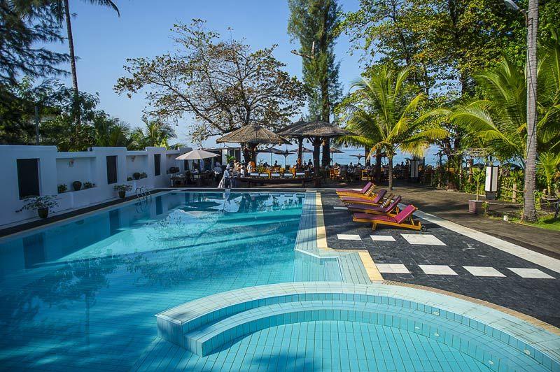 zwembad Thande Beach Hotel - Thande Beach Hotel - Myanmar - foto: Thande Beach Hotel