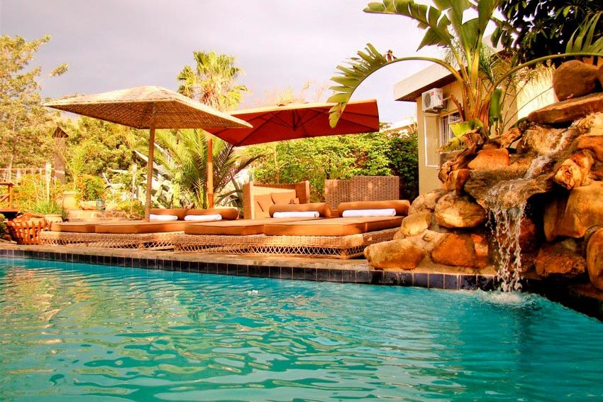 zwembad - Guesthouse Terra Africa - Windhoek - Namibië