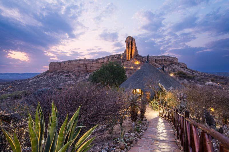 Vingerklip Lodge, omgeving - Damaraland - Namibië - foto: lokale agent