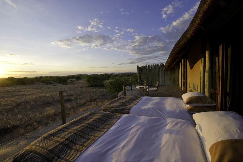 buiten slapen bij Doro Nawas - Doro Nawas - Namibië - foto: Lokale agent
