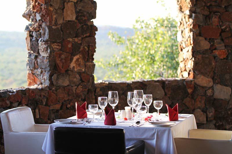 restaurant van Eagle Tented Lodge - Eagle Tented Lodge - Namibië - foto: Eagle Tented Lodge