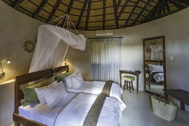 slaapkamer van Onguma Bush Camp - Onguma Bush Camp - Namibië - foto: Onguma Bush Camp