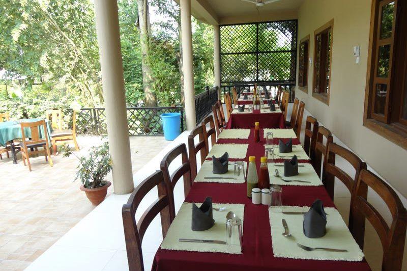 tuin/restaurant - Hotel Parkland - Nepal