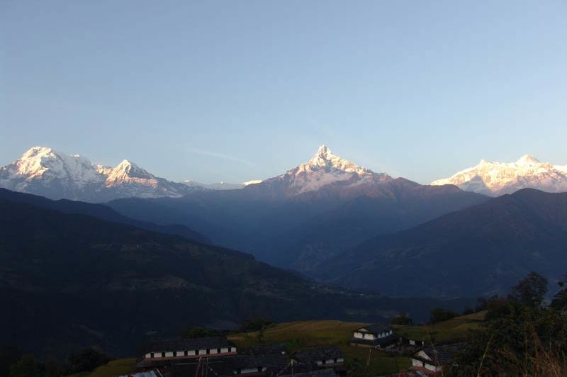 uitzicht van Basanta Lodge - Basanta Lodge - Nepal - foto: Gurung Lodge Ker & Downey