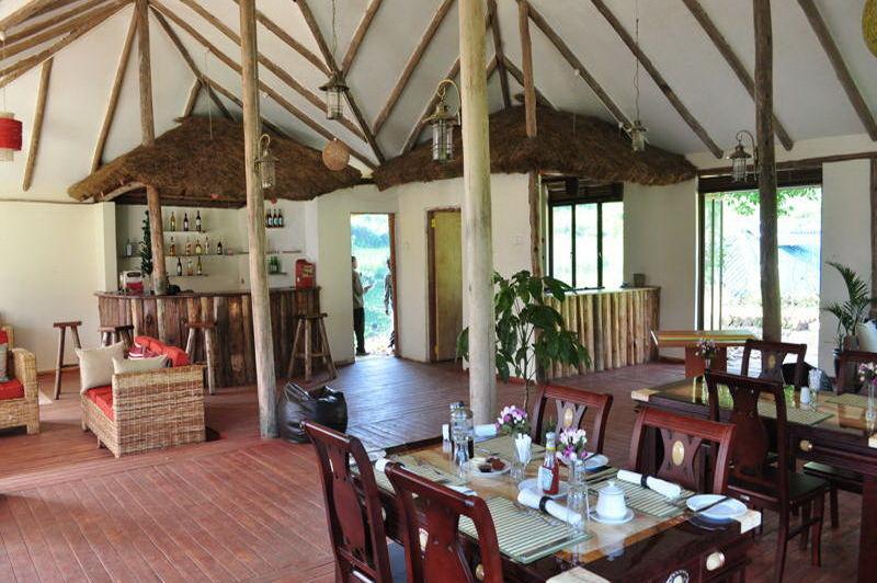 restaurant - Gorilla Safari Lodge - Bwindi - Oeganda