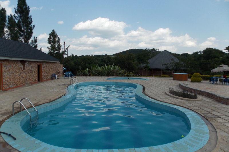 zwembad - kontiki hotel - Oeganda