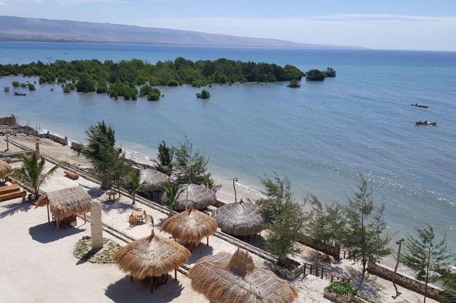 restaurant - Padadita Beach Hotel - Sumba - Indonesië - foto: Padadita Beach Hotel