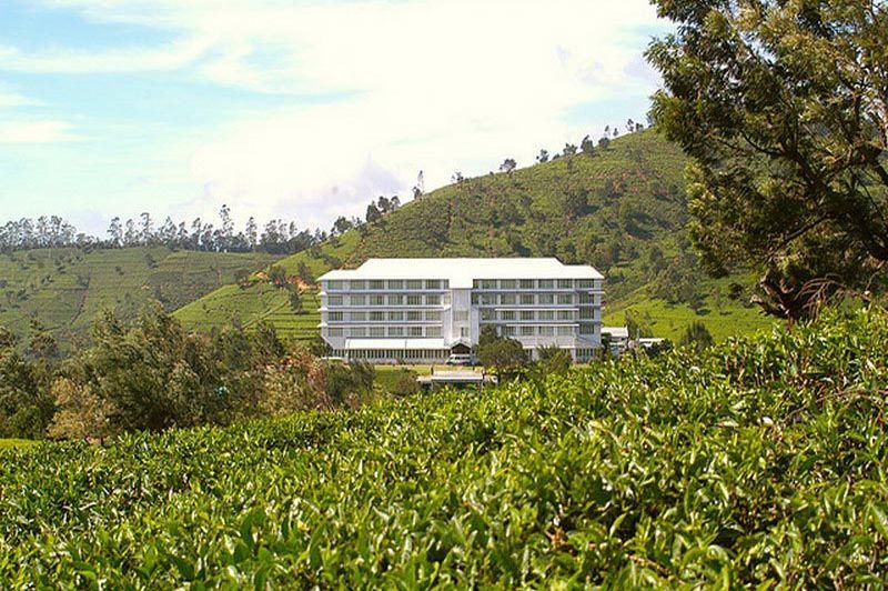 exterior day - Tea Factory - Nuwara Eliya - Sri Lanka